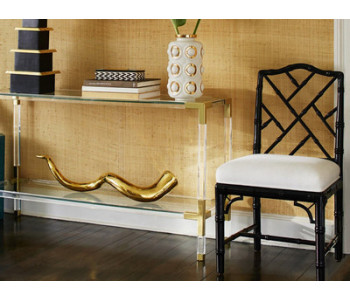 Мебельная консоль: история и роль в дизайне интерьера