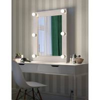Настольное гримерное зеркало в раме с подсветкой LED-лампочками Линда