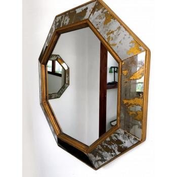 Зеркало восьмиугольное в золотой состаренной раме Sebastien