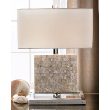 Настольная лампа из перламутра Уолт