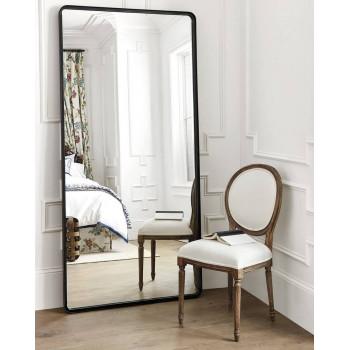 Напольное зеркало в черной металлической раме Уилкокс
