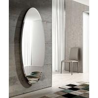 Большое овальное настенное зеркало с фацетом Ионико
