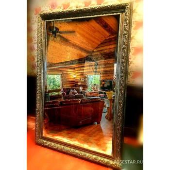 Напольное зеркало на ножке в золотой раме «Вэйл»
