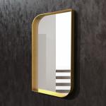 Зеркала в золотой металлической раме