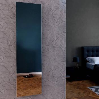Узкое настенное зеркало Сандерс