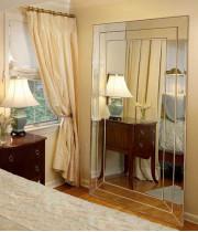 Венецианское зеркало «Версаль» в зеркальной раме Античное Золото