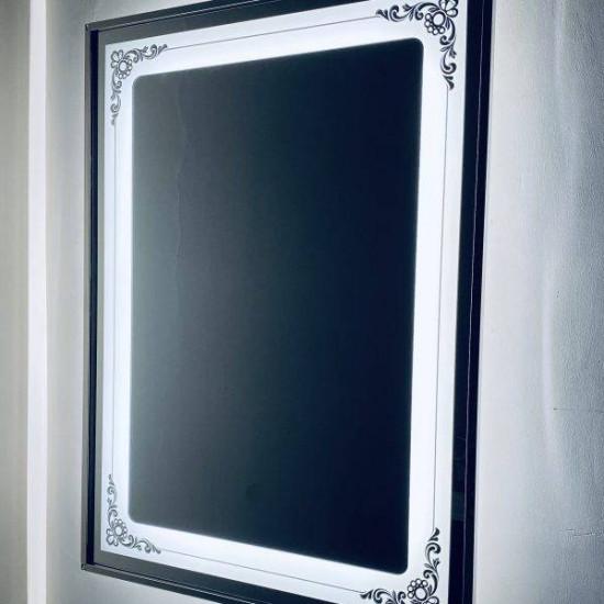Зеркало настенное со светодиодной LED-подсветкой в алюминиевой раме Эйн в интернет-магазине ROSESTAR фото