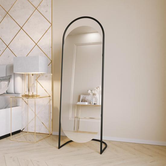 Овальное напольное зеркало на подставке в черной металлической раме Элва