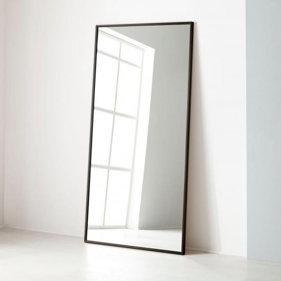 Напольное и настенное зеркало в черной металлической раме Сити