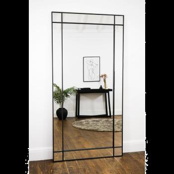 Напольное и настенное зеркало в черной металлической раме Киера