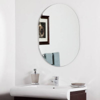 Овальное настенное зеркало с фацетом Шелли